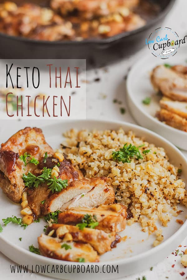 Easy to make delicious Keto Thai Chicken recipe. A low carb dinner recipe that is full of flavor with tender and juicy chicken! #ketothaichicken #lowcarbdinnerrecipe